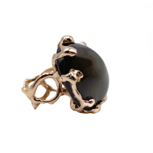 18 kt rose gold QUERCUS ring with black moonstone