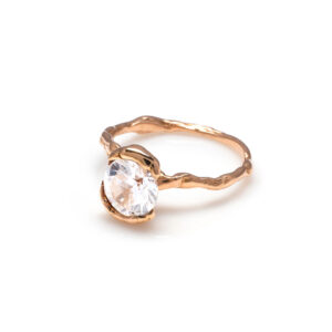 18 kt rose gold ring with Natural Zircon